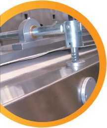Dough moulding machine